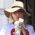Diane Kruger And Joshua Jackson Check Under Their Car