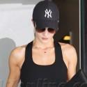 Rosie Huntington-Whiteley Hits The Gym