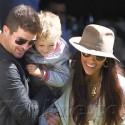 Robin Thicke And His Family Enjoy Central Park