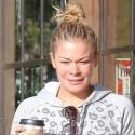 LeAnn Rimes Looks Half Asleep On Morning Coffee Run