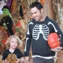 Pete Wentz And Bronx Mowgli Have Spooktacular Day At Pumpkin Patch