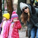 Sarah Jessica Parker And Daughters Bundle Up In Matching Coats