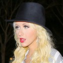 Christina Aguilera Looks Amazing!