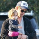 Chris Hemsworth And Wife Elsa Pataky Go Grocery Shopping