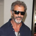 Mel Gibson Lands At LAX With A Beard