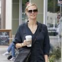 Heidi Klum Grabs Coffee