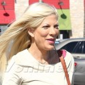 Tori Spelling Perks Up While Running Errands