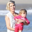 Elsa Pataky Hits The Beach Two Weeks After Giving Birth
