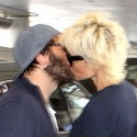 Pamela Anderson Displays Some PDA