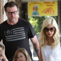Tori Spelling And Dean McDermott Spend Day WIth The Kids