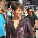 Halle Berry Wears A Bizarre Dress For <em>Letterman</em>