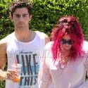 Bella Thorne Hangs Out With Max Ehrich And Pals