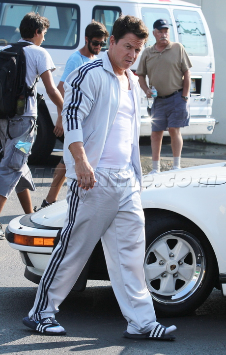 Mark Wahlberg set pain and gain track suit miami set