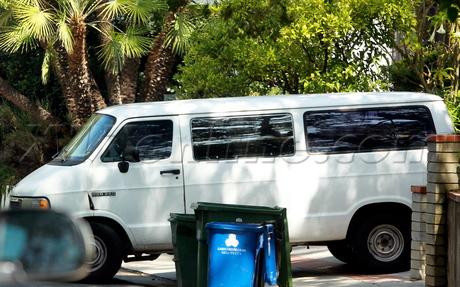 Kristen Stewart Robert Pattinson twilight moving truck los feliz