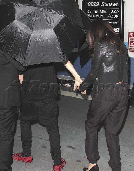 justin bieber selena gomez bootsy bellows hollywood holding hands couple