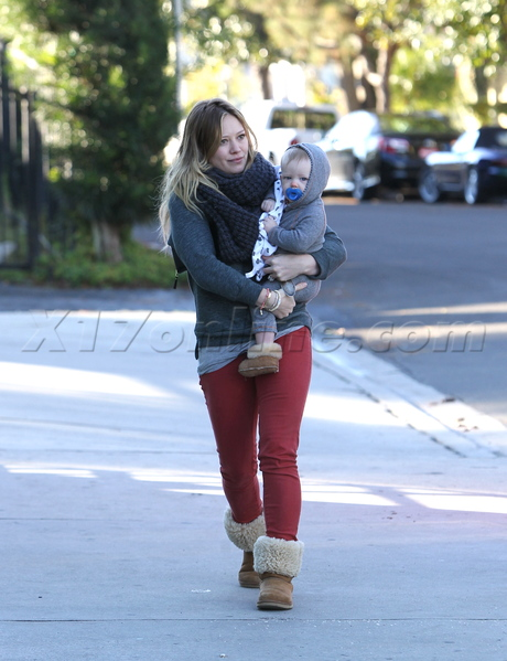 b9889547cd2 Hilary Duff And Her Bundled Up Baby Boy Go For A Coffee Run - X17 ...
