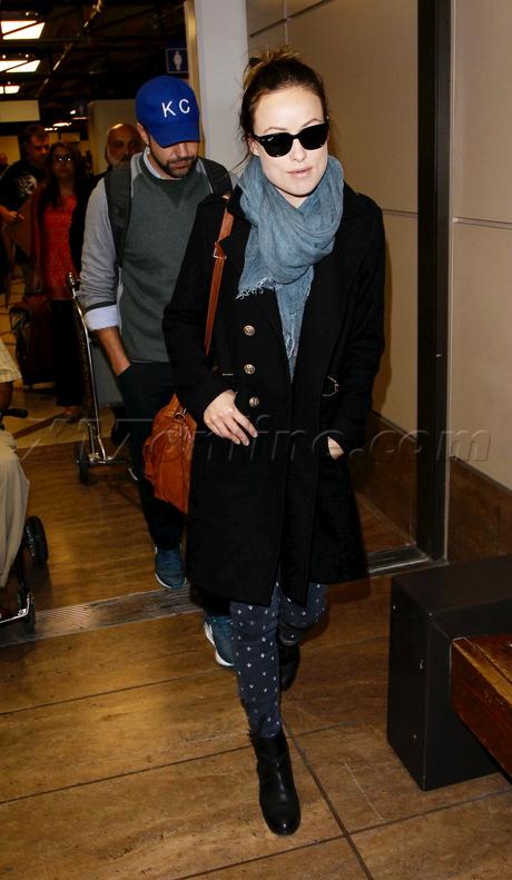 sunglasses kingston hat Olivia Wilde  Jason Sudeikis lax scarf engaged