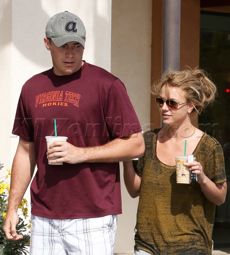 David Lucado Britney Spears coffee starbucks sunglasses snger x factor thousand oaks siany