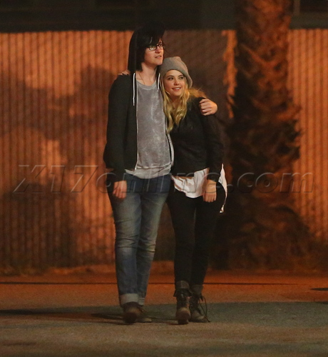 Scout Taylor Compton And Kristen Stewart 2013