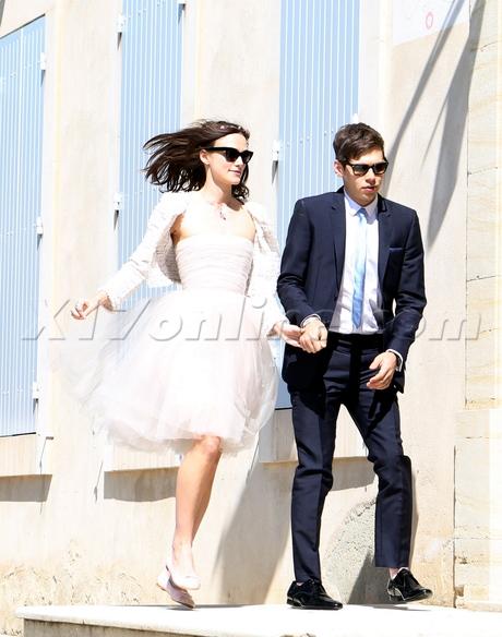 Keira Knightley, James Righton, wedding,cropped Chanel jacket,a