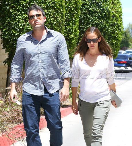 Jennifer Garner brentwood sunglasses ben affleck serious