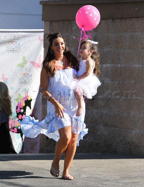 Mario Lopez wife daughter Courtney Gia