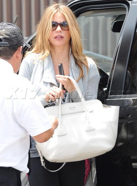 Sofia Vergara sunglasses prade purse tavern prada purse blonde