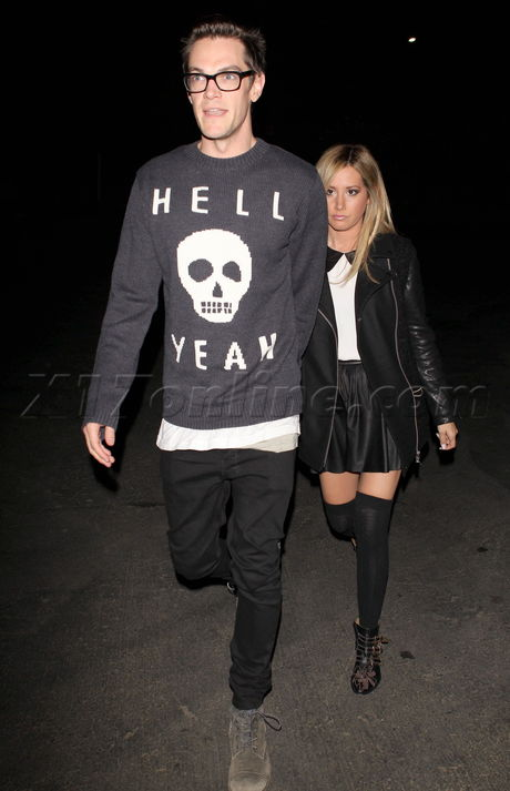 Chris French Ashley Tisdale hollywood bowl concert katy perry prism skirt legs sexy tights jacket boots skull glasss blonde