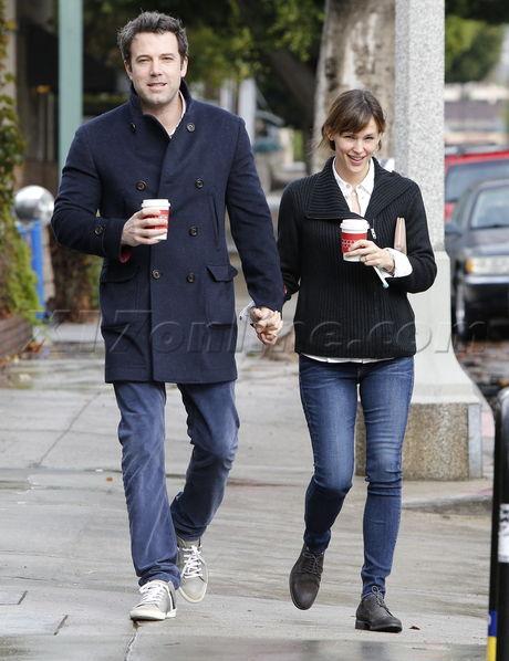 Ben Affleck, Jennifer Garner Brentwood rainy day