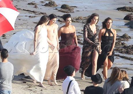 Kim Kardashian, kris jenner, photoshoot, Kylie Jenner, Kendall J