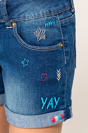 Kids Cuffed Shorts With Words And Embroidery