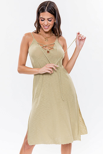 Junior Dress With Lace-Up Front