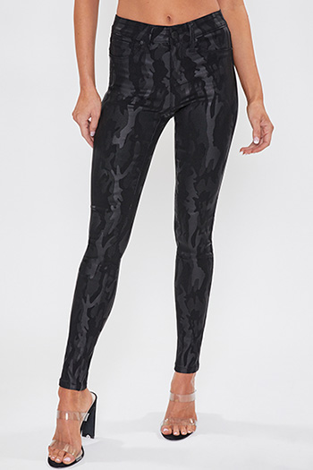 Junior Hyperstretch Coated Mid-Rise Skinny Jean