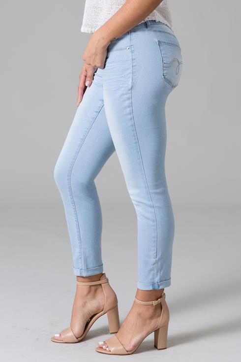 Women 2-Button Cuffed Ankle Jean