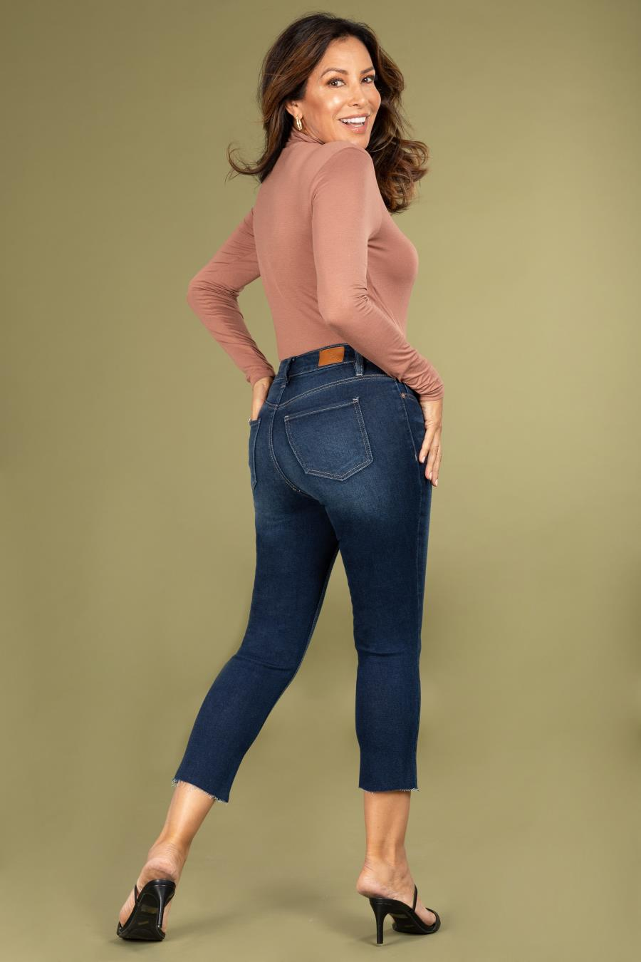 Women Petite Vintage Dream High-Rise Straight Jean