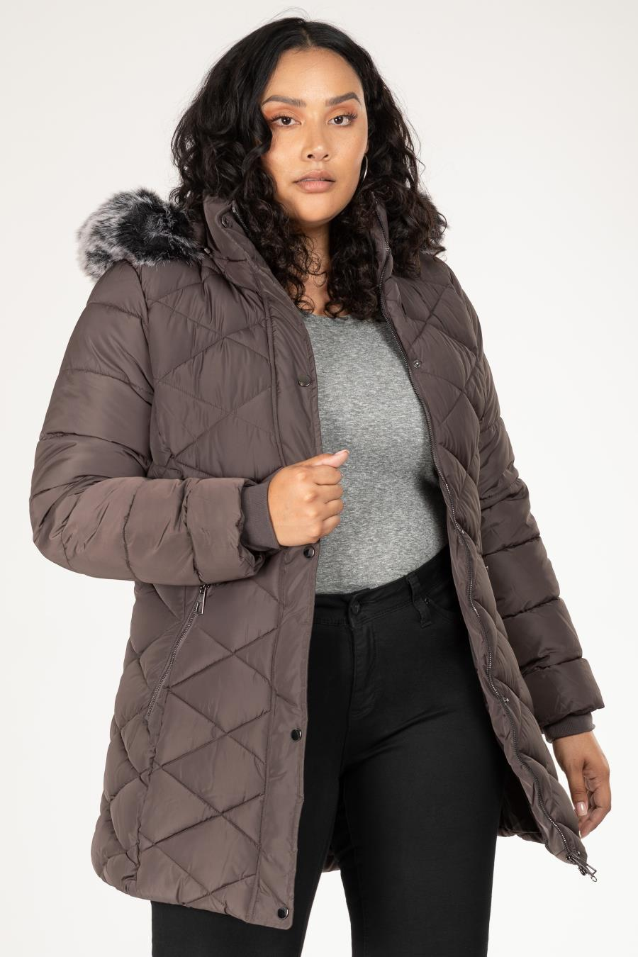 Women Plus Cozy Parka Puffer With Faux Fur-Trimmed Detachable Hood