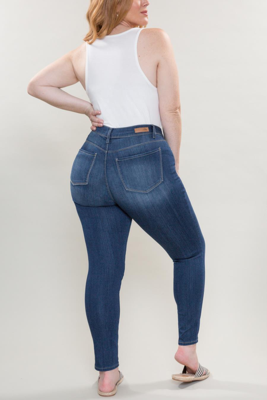 Women Plus Size Mid-Rise Skinny Jean With Ultimate Stretch