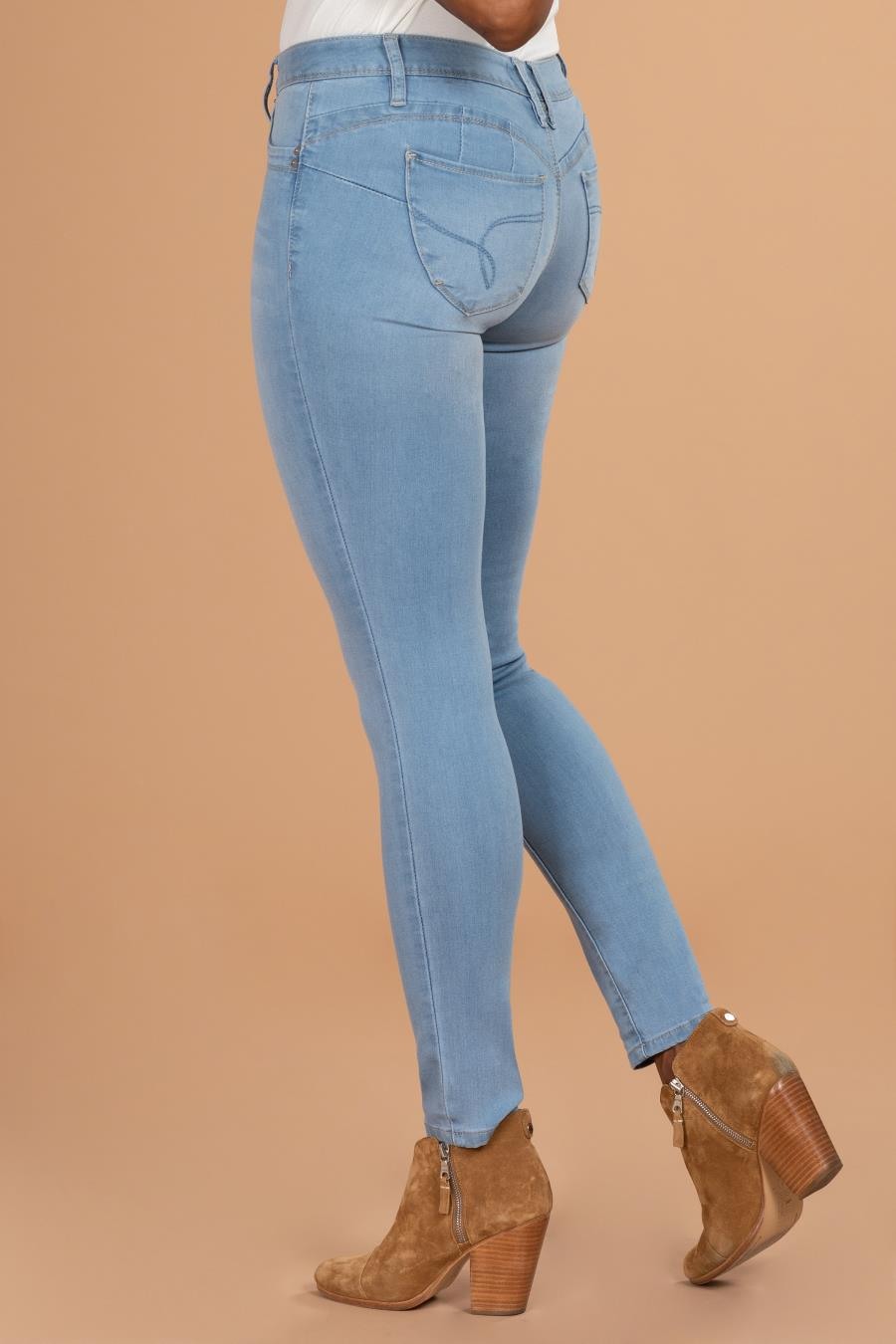 Women WannaBettaButt Mid-Rise Skinny Jean With Comfort Stretch