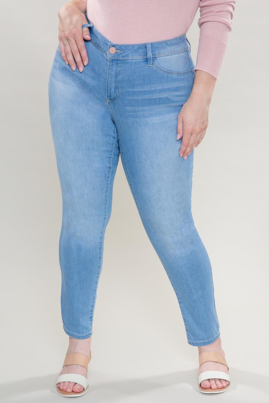 Women Plus Size 1 Button Skinny Jean