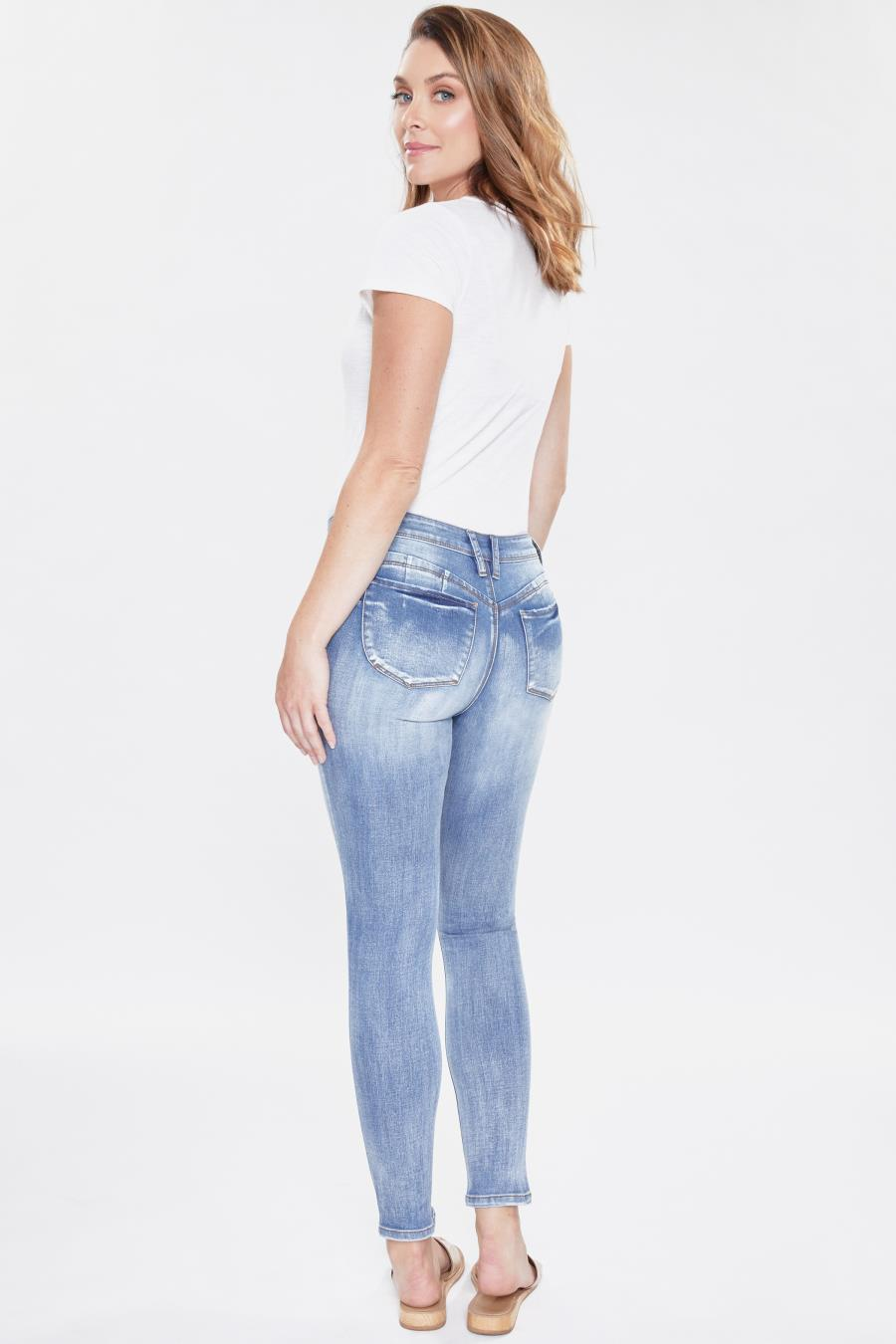 Women WannaBettaButt Skinny Jean With Regular Hem