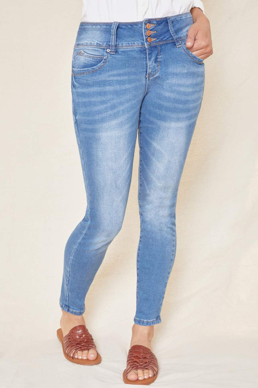 Women WannaBettaButt 3 Button Jean Made With Recycled Fibers