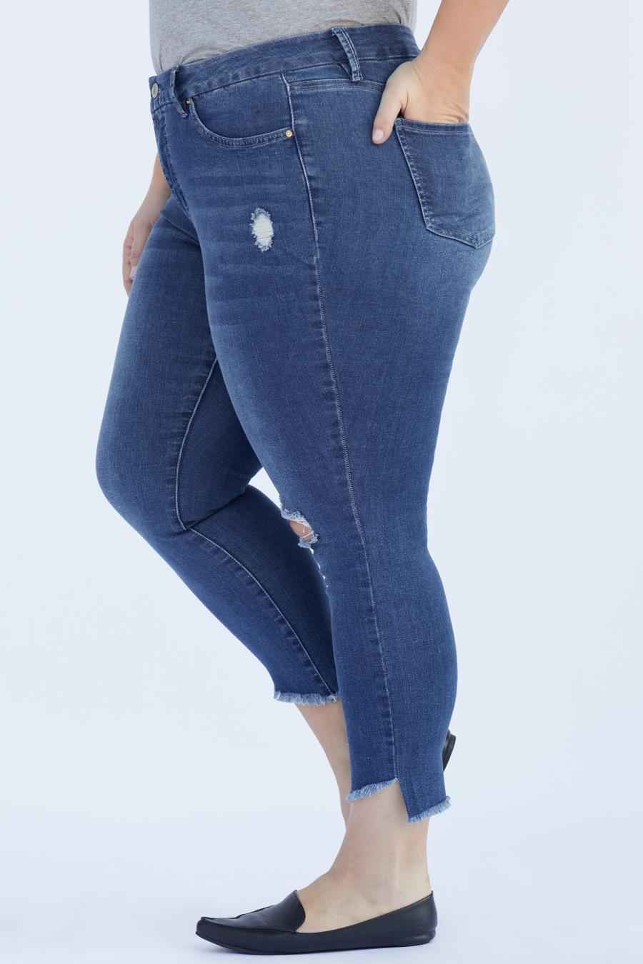 Women Plus Size Curvy Fit Jean With Slanted Ankle Hem Made From Recycled Fibers
