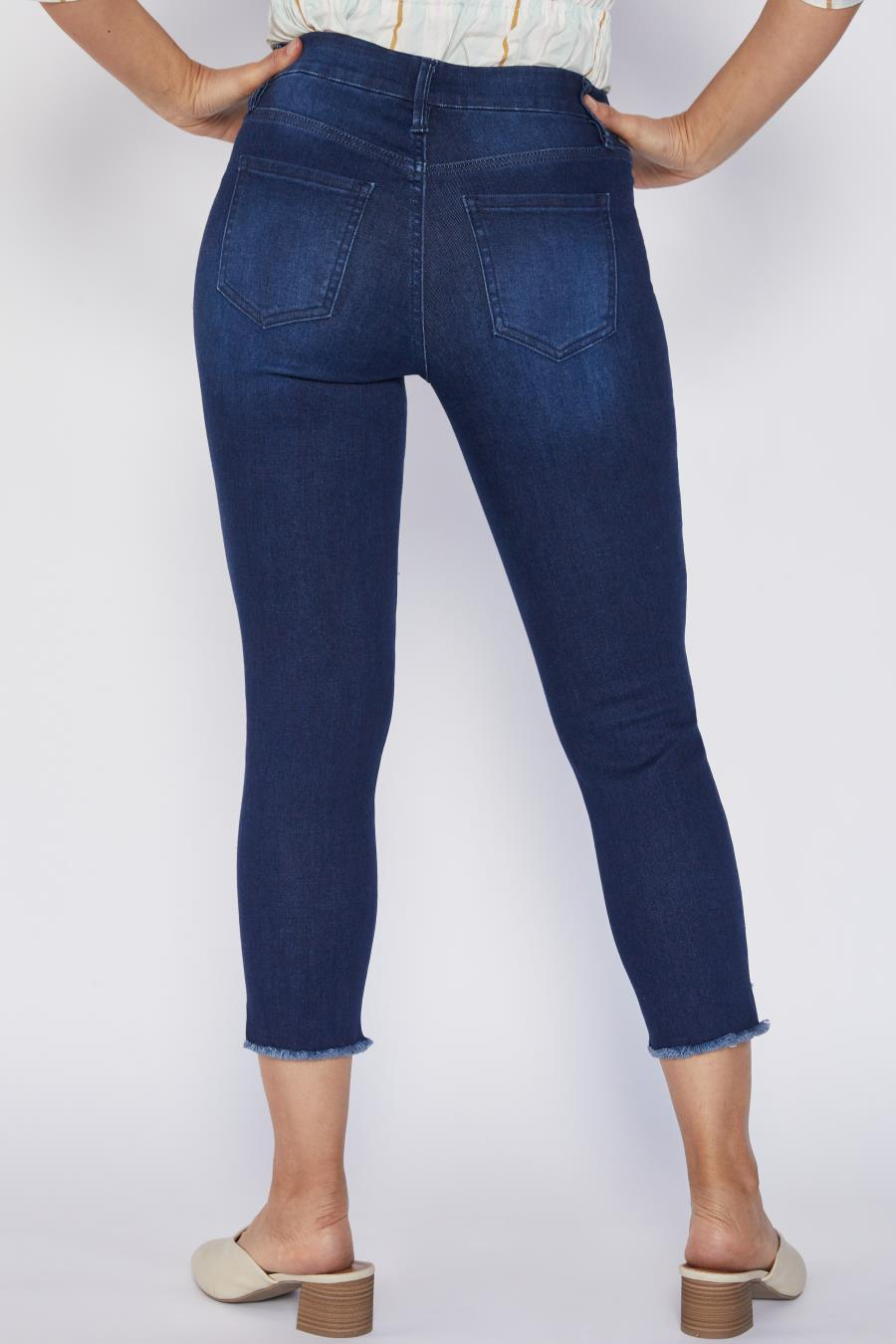Women Petite Curvy Fit Slanted Ankle Jean Made With Recycled Fibers