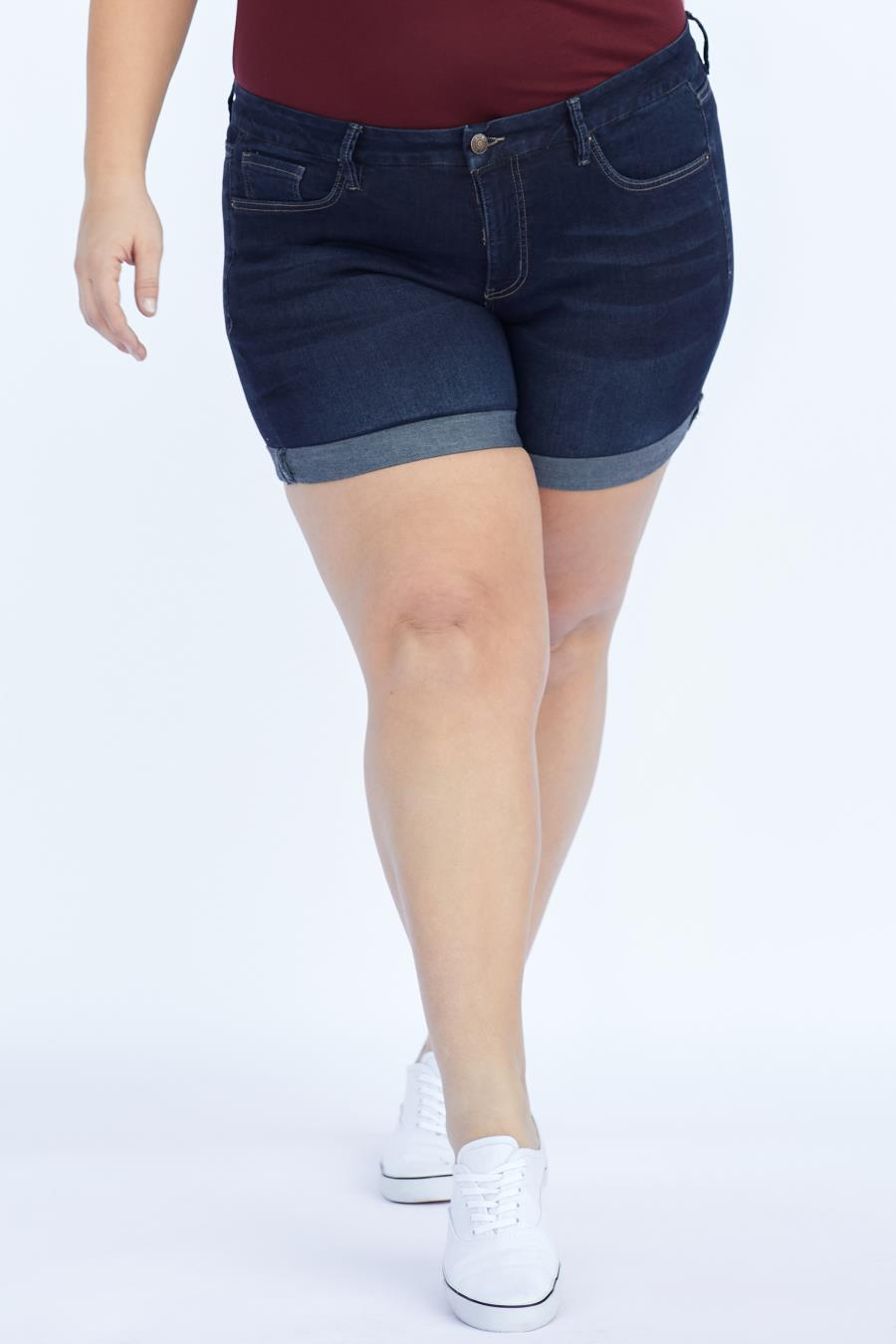 Women Plus Size Curvy Fit High-Rise Cuffed Shorts Made With Recycled Fibers