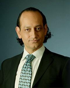 Babak Moeinolmolki, MD, FACS, a Plastic Surgeon with Moein Surgical Arts / Healthy Life Bariatrics