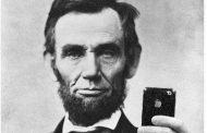 What Instagram Would Look Like If Historical Figures Had Accounts