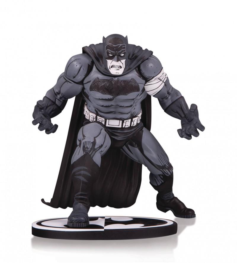 DC Statue Batman Black and White by Klaus Janson