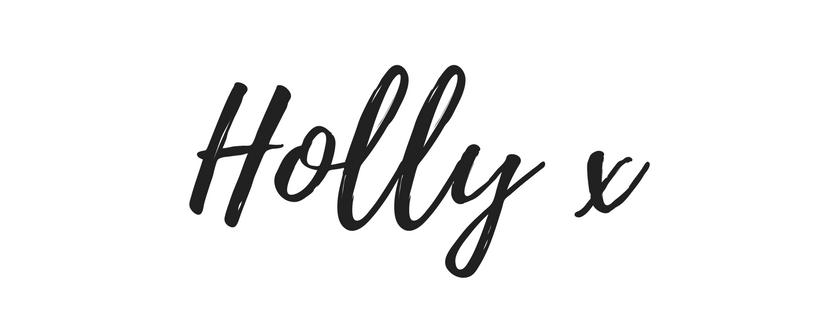 I am Holly Matthews Logo